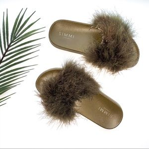 Simmi Shoes Olive Fluffy Slides Size 8